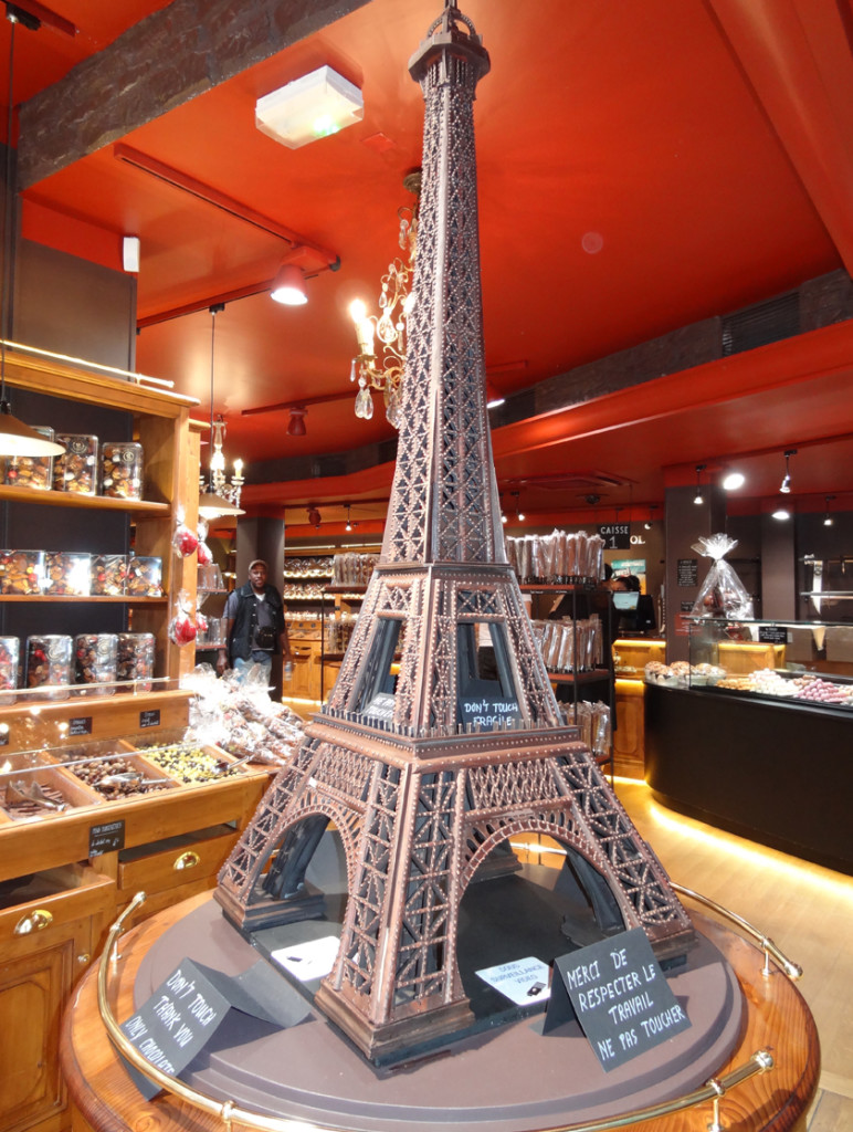 paris_inside_05