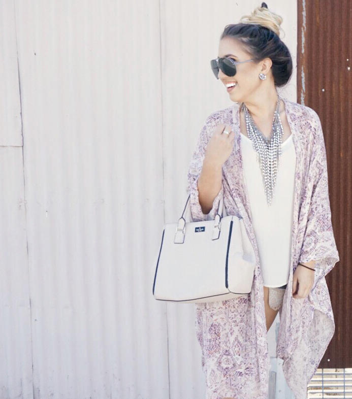 road-trip-essentials-chic-ootd-kimono-fall-style-09