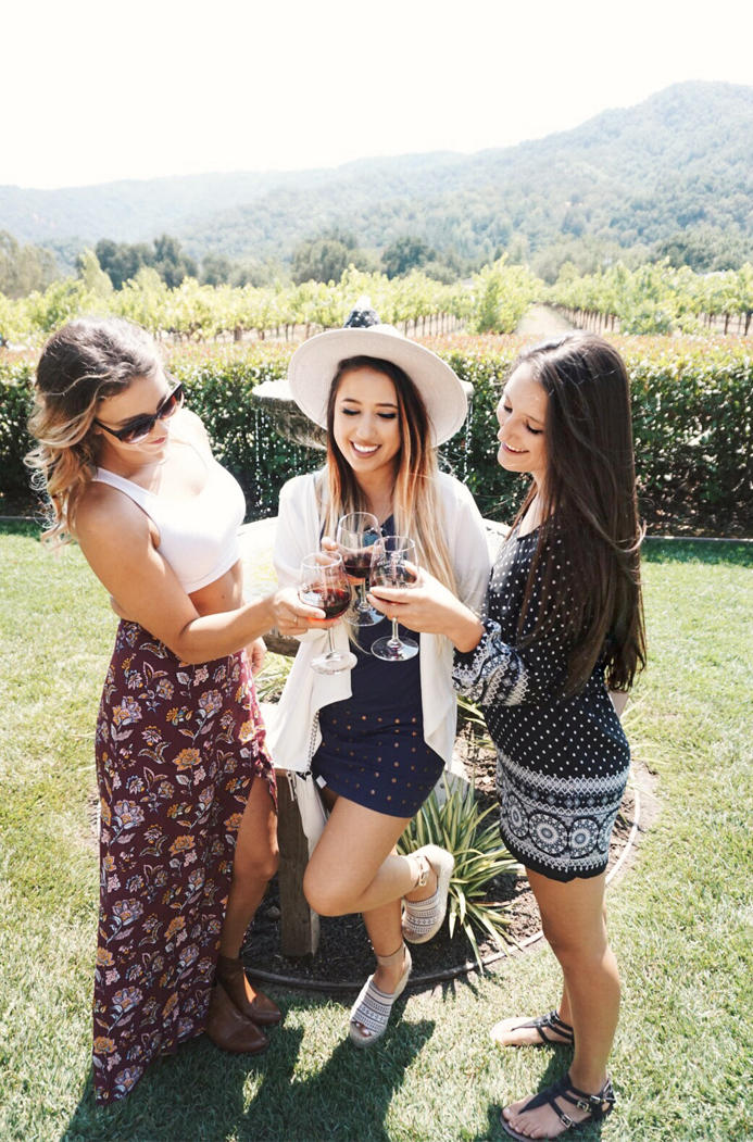 what-to-wear-to-winery-03